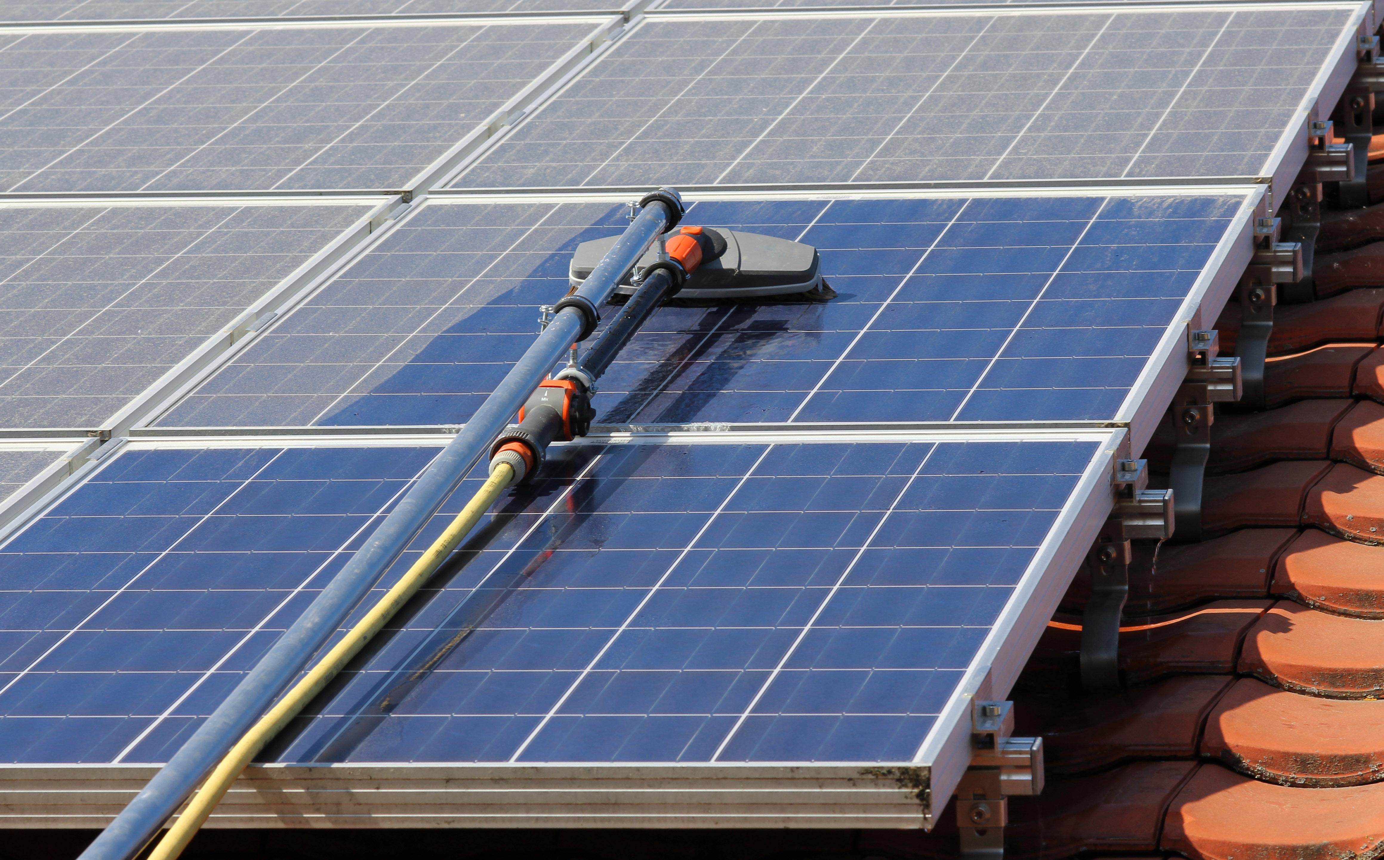 Czyszczenie kolektorów słonecznych